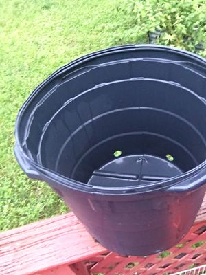 20 gallons like new one used only 2$ each for Sale in Loxahatchee, FL