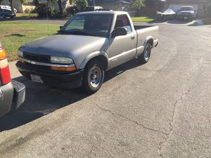 2002 Chevy s10 for Sale in Sacramento, CA