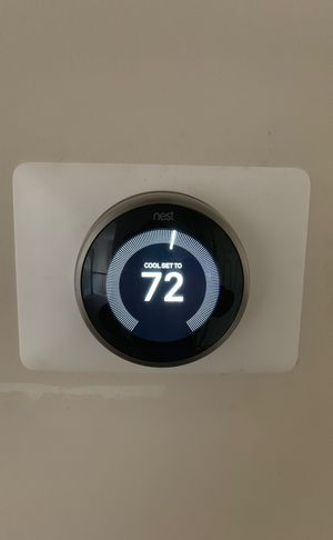 Nest Thermostat (3rd Generation) for Sale in Charlotte, NC