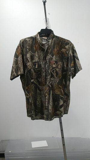 Woolrick Camo Collar Shirt $6 sz XL at Zera Outlet 5303 E Colonial Dr suite g, Orlando, FL 32807 for Sale in Orlando, FL