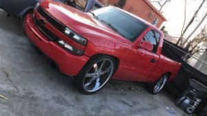 Silverado Short Cab on 26s for Sale in Los Angeles, CA