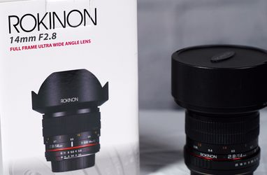 Rokinon 14mm f/2.8 IF ED UMC Lens for Canon EF Mount for Sale in Brentwood,  TN