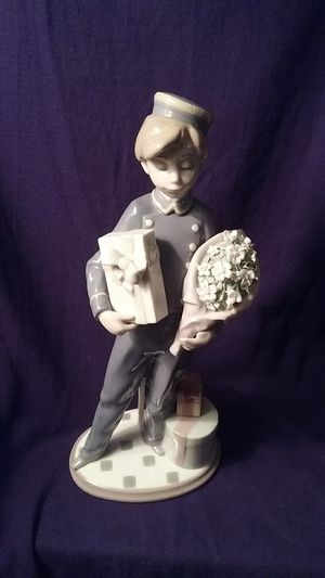LLADRO ~ Special Delivery Figurines # 5783 for Sale in Renton, WA