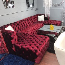 New Glam Red Velvet Double Chaise Sofa for Sale in Cleveland,  OH