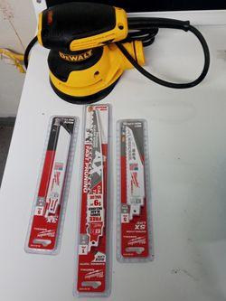 Dewalt Sander And Saw Blades Brand New for Sale in Cleveland,  OH