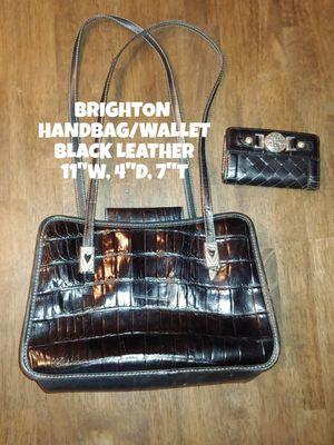 BRIGHTON HANDBAG & WALLET for Sale in Glendale, AZ