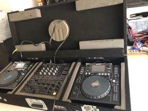 Dj odyssey case cdj pioneer djm serato vestax for Sale in City of Industry, CA