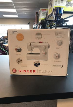 Singer tradition sewing machine for Sale in Lakeland, FL
