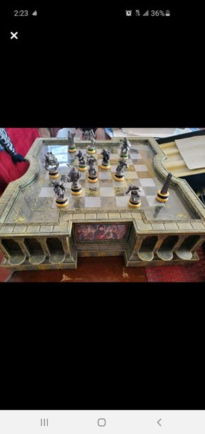 Lord of the rings chess set for Sale in Los Angeles, CA