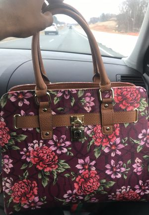 Floral Pocketbook for Sale in Greensboro, NC