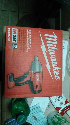 Milwaukee cordless high torque impact wrench m18 for Sale in Edgewood, WA