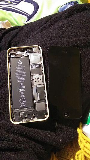 Apple iphone for Sale in Aberdeen, WA