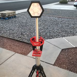 Milwaukee M18 18-Volt Lithium-Ion Cordless Rocket Dual Power Tower Light (Tool-Only) for Sale in Phoenix, AZ