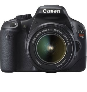 Canon EOS Rebel T2i DSLR camera with 2 lenses and bag for Sale in Pompano Beach, FL