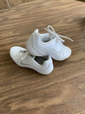 Nike womens gym shoes size 7. 24cm. for Sale in Sebring, FL