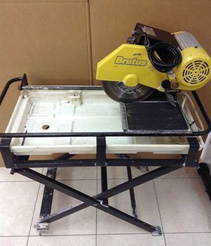 "18"" Brutus Wet Tile Saw 60010 for Sale in Severn, MD"