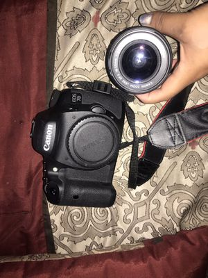 CANNON EOS 7D with attachments and accessories for Sale in Oakland, CA