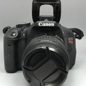 CANON REBEL T3i for Sale in Brooklyn, NY