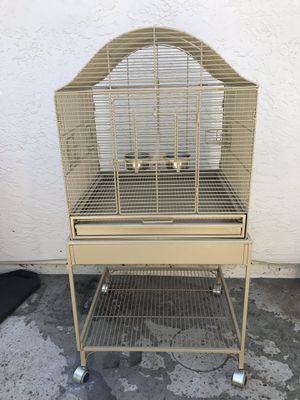 PARROT/ BIRD CAGE for Sale in Antioch, CA