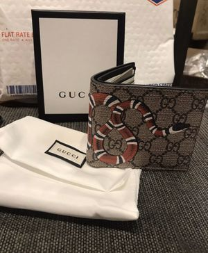 Gucci Snake Wallet for Sale in Dallas, TX