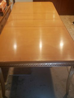 Wooden Table Thats Extendable for Sale in Santa Ana,  CA