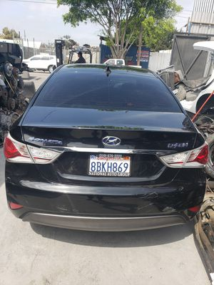 2012 Hyundai Sonata hybrid parts for Sale in Anaheim, CA