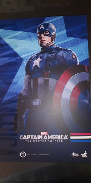 Hot Toys MMS240 Captain America Golden Age 1/6 Scale Action Figure for Sale in Montebello, CA