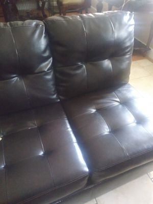 Couch leather for Sale in Orlando, FL
