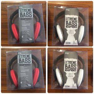 (4) Exteme Bass Headphones 🎧 🎧🎧🎧 for Sale in Las Vegas, NV