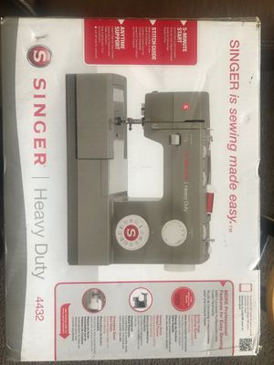 Singer 4432 heavy duty sewing machine for Sale in Takoma Park, MD