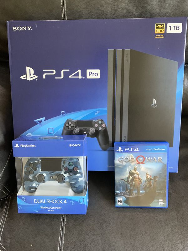 PS4 Pro, extra controller and God of War