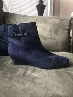 Women's suede boots Navy blue for Sale in Tacoma, WA