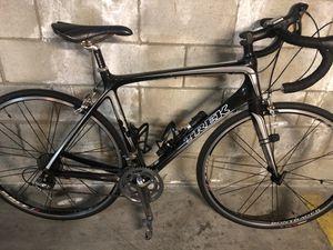 Trek full carbon road bike 55 cm like new for Sale in Glendale, CA