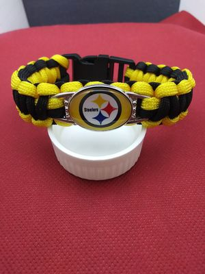 Pittsburgh Steelers Paracord Bracelet ( See Description) for Sale in Grove City, OH