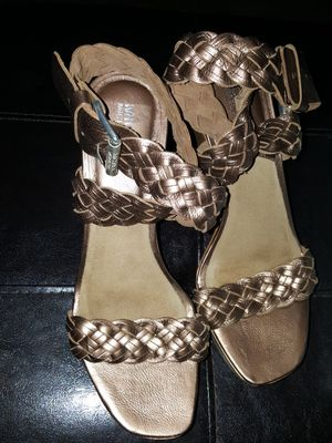 Michael kors women's heels size 7.5 for Sale in Bakersfield, CA