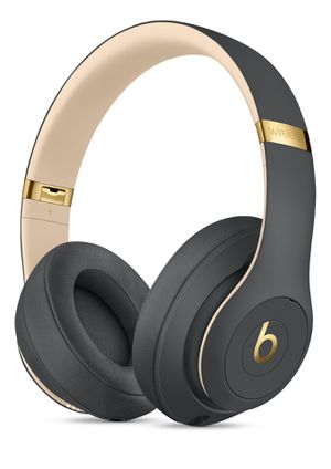 Beats Studio3 Wireless Headphones - The Beats Skyline Collection for Sale in Falls Church, VA