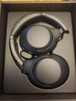 Sony wireless headphones WH-XB900N for Sale in Atlanta, GA