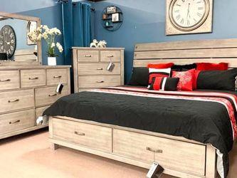Naydell Rustic Gray Footboard Storage Platform Bedroom Set (Queen and King Bed Frame for Sale in Austin,  TX