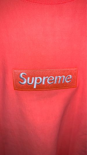 Supreme crewneck for Sale in Mustang, OK