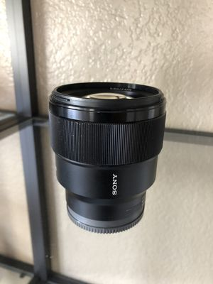 Sony FE SEL85F18 Lens 85MM F1.8 for Sale in Oceanside, CA