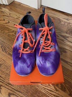 Nike Shoes 8.5 for Sale in Lynnwood, WA