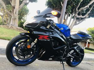 2007 Suzuki GSXR 600 clean title in excellent condition,low miles ,eye catchy... for Sale in Irvine, CA