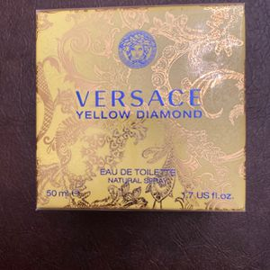 Versace -Yellow Diamond for Sale in Queens, NY