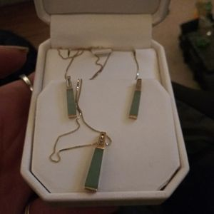 Harry Ritchies 14k YG Diamond Jade Jewelry Set for Sale in Mountlake Terrace, WA