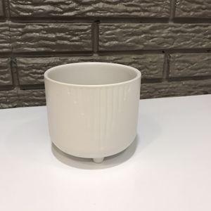 White Ceramic Planter/ Plant Pot for Sale in Salt Lake City, UT