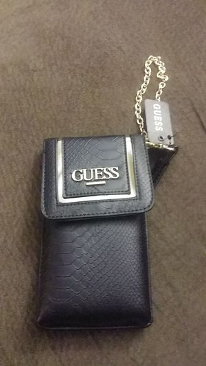 Guess wallet for Sale in Montclair, CA