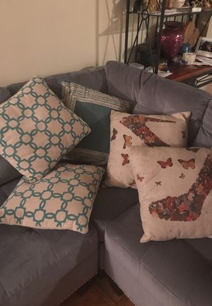 Assorted throw pillows $5 Each for Sale in MD, US