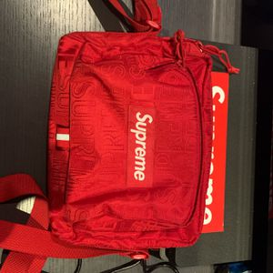 Supreme Red Side Bag for Sale in San Diego, CA