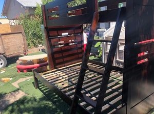 Nice bunk bed for Sale in Fresno, CA