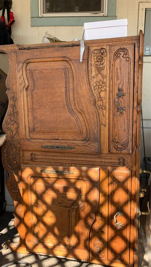 Bathroom sink cabinet antique 55 x 19 1/2 x 36 high for Sale in Irwindale, CA